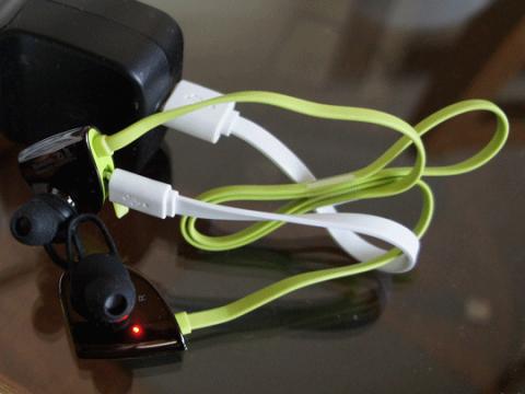 EC Technology Bluetooth ワイヤレスイヤホンのレビュー09