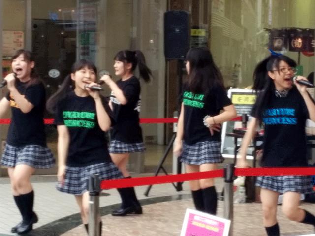 ご当地アイドル-おやゆびプリンセス-元気いっぱいの路上ライブに遭遇01